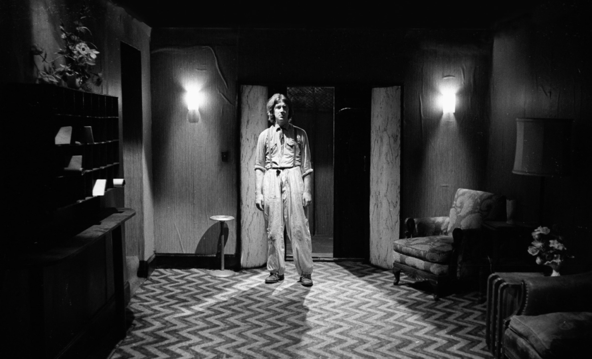 sub03_David_ Eraserhead_Set